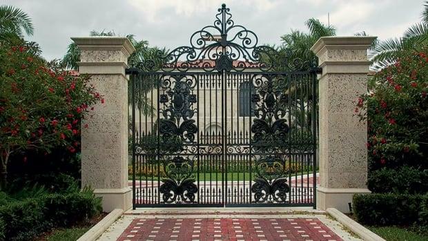 ornamental metal driveway gate