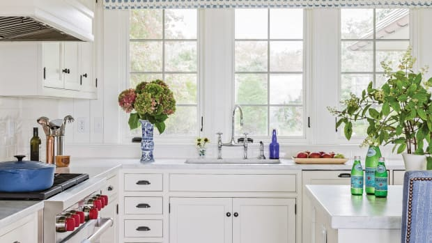blue & white shingle style kitchen