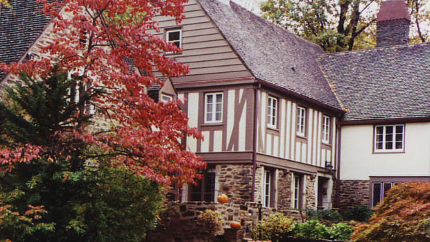 1934 Tudor Revival house