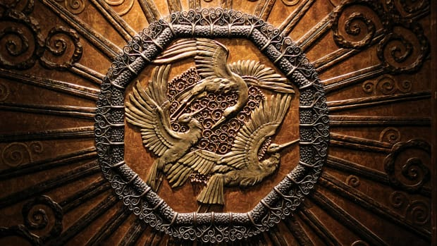 stork medallion