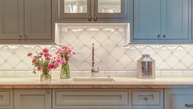 3-moore-merkowitz tile-kitchen backsplash in abigail series, molding & trim series-abigail collection
