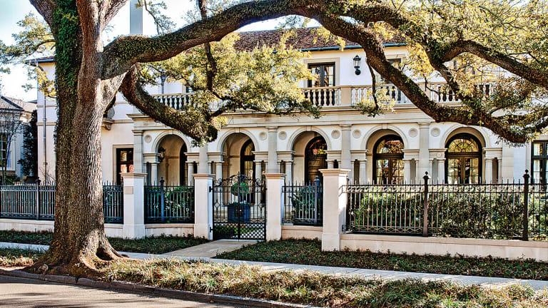 An Urban Villa by Ken Tate Architect
