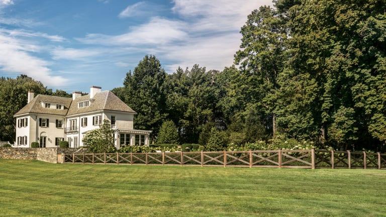 "Dan Gordon Landscape Architects' Bulfinch Award-Winning ""Charles River Estate"""