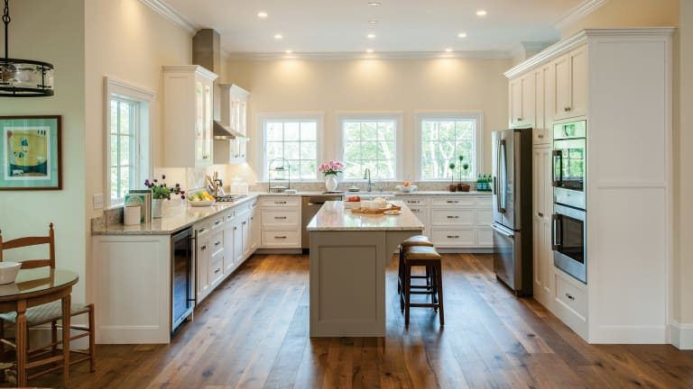 Cabinet Trends in Traditional Kitchens