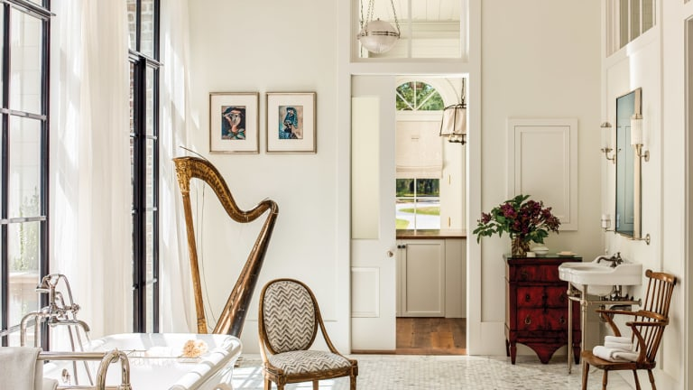 A Greek Revival by Historical Concepts