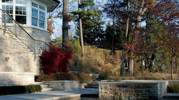 garden for shingle style house