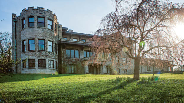 Henry and Clara Ford completed their 31,000-square-foot dream house called Fair Lane in 1915.