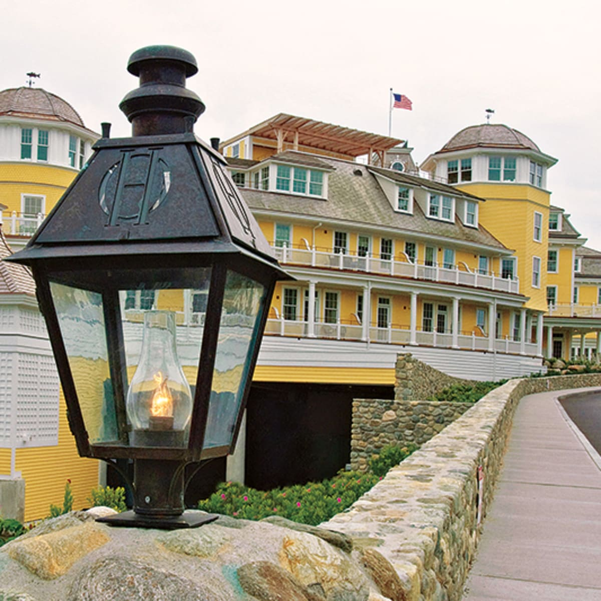Colonial Lighting Fixtures The Iconic