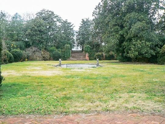 garden-pool-1-before