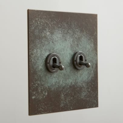 Forbes & Lomax Verdgris 2G toggle 2