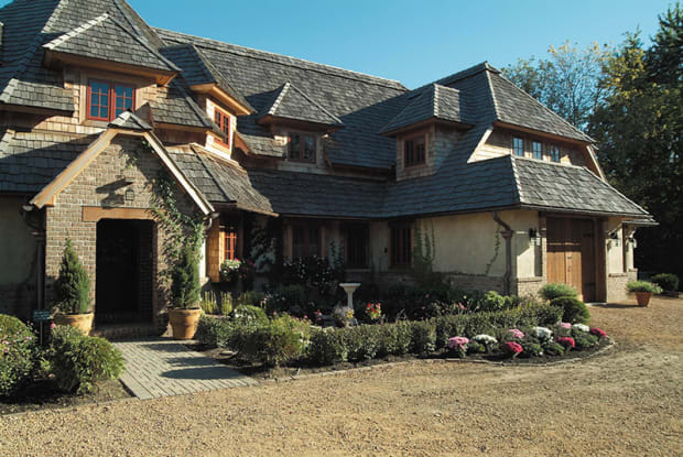 Wood Roofing: Beautiful & Practical