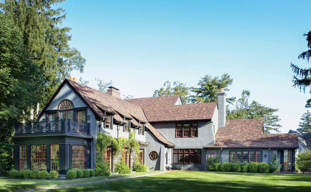 Ike Kligerman Barkley Renovates an Arts & Crafts Home