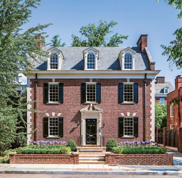 Donald Lococo Architects Modernizes a D.C. Traditional Home