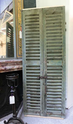 ArchAccents-buyingguides-shutters