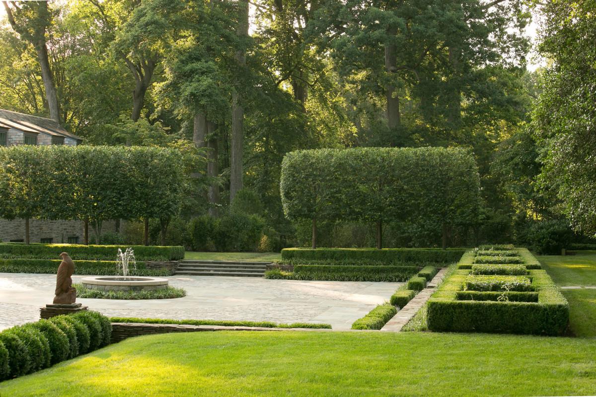 1920s estate landscaping
