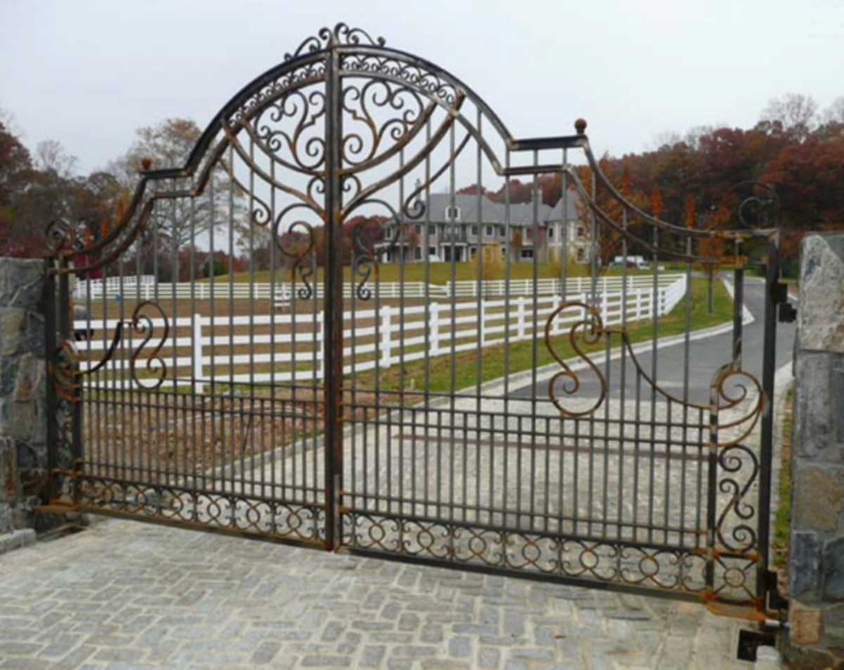 Wrought iron fencing from Bill's Custom Metal Fabrications