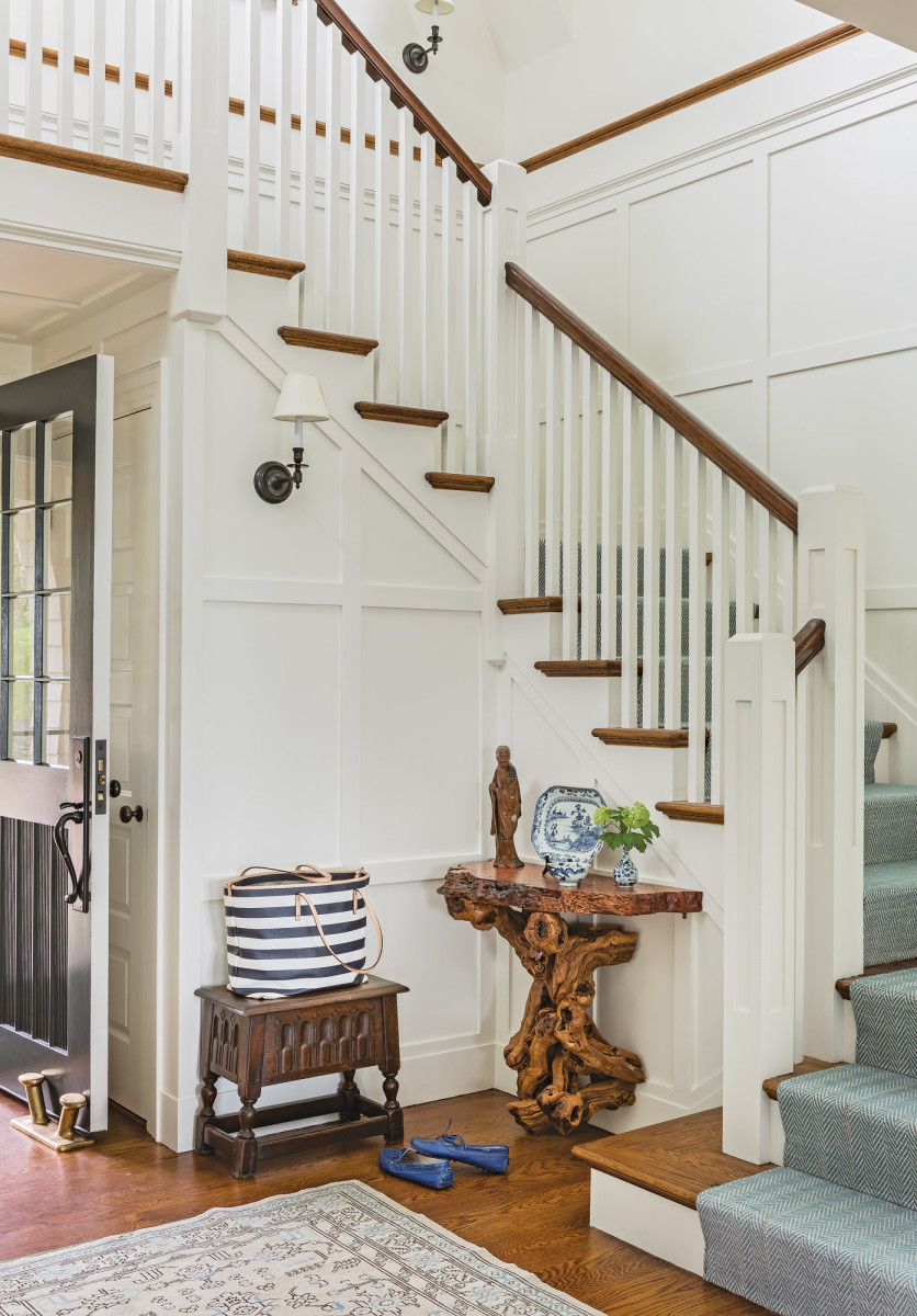 shingle style entryway, shingle style staircase