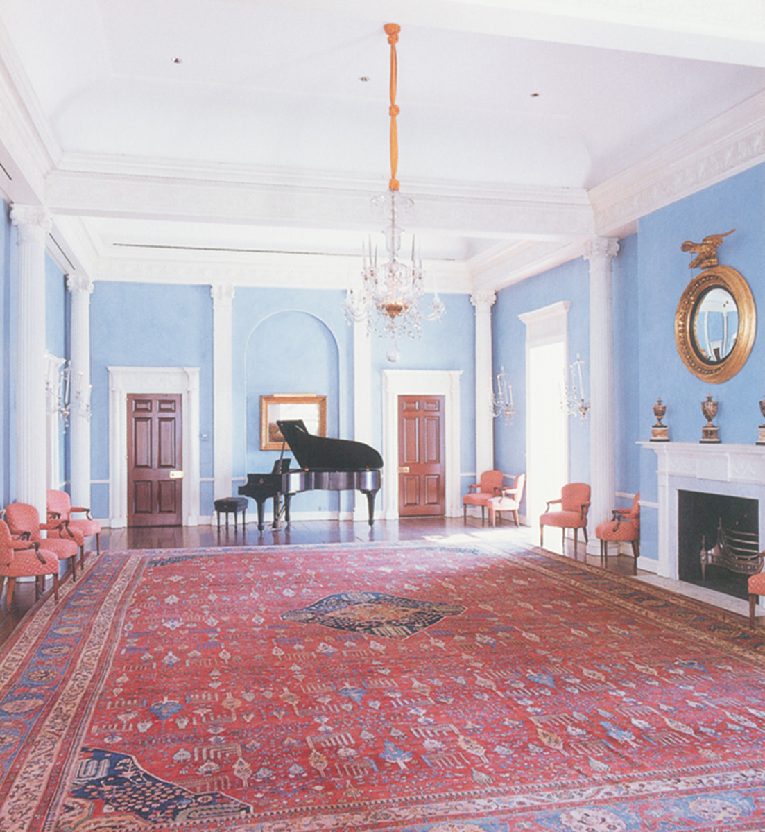 gracie mansion piano room