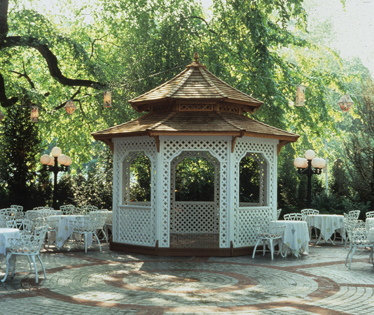 This 13-ft. Victorian-style pagoda from Dalton Pavilions sits in the garden at the Tavern on the Green Restaurant in New York City. Photo: courtesy of Dalton Pavilions