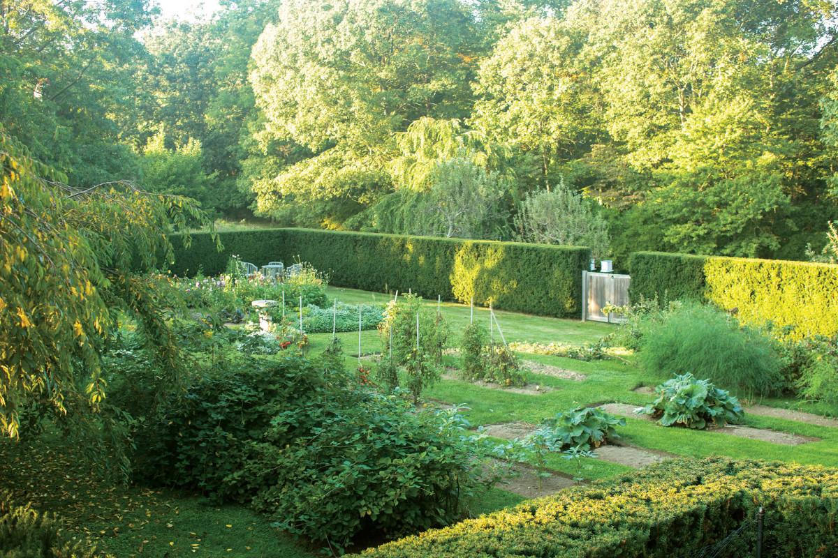 Doyle Herman Design Associates, historic farmhouse landscaping