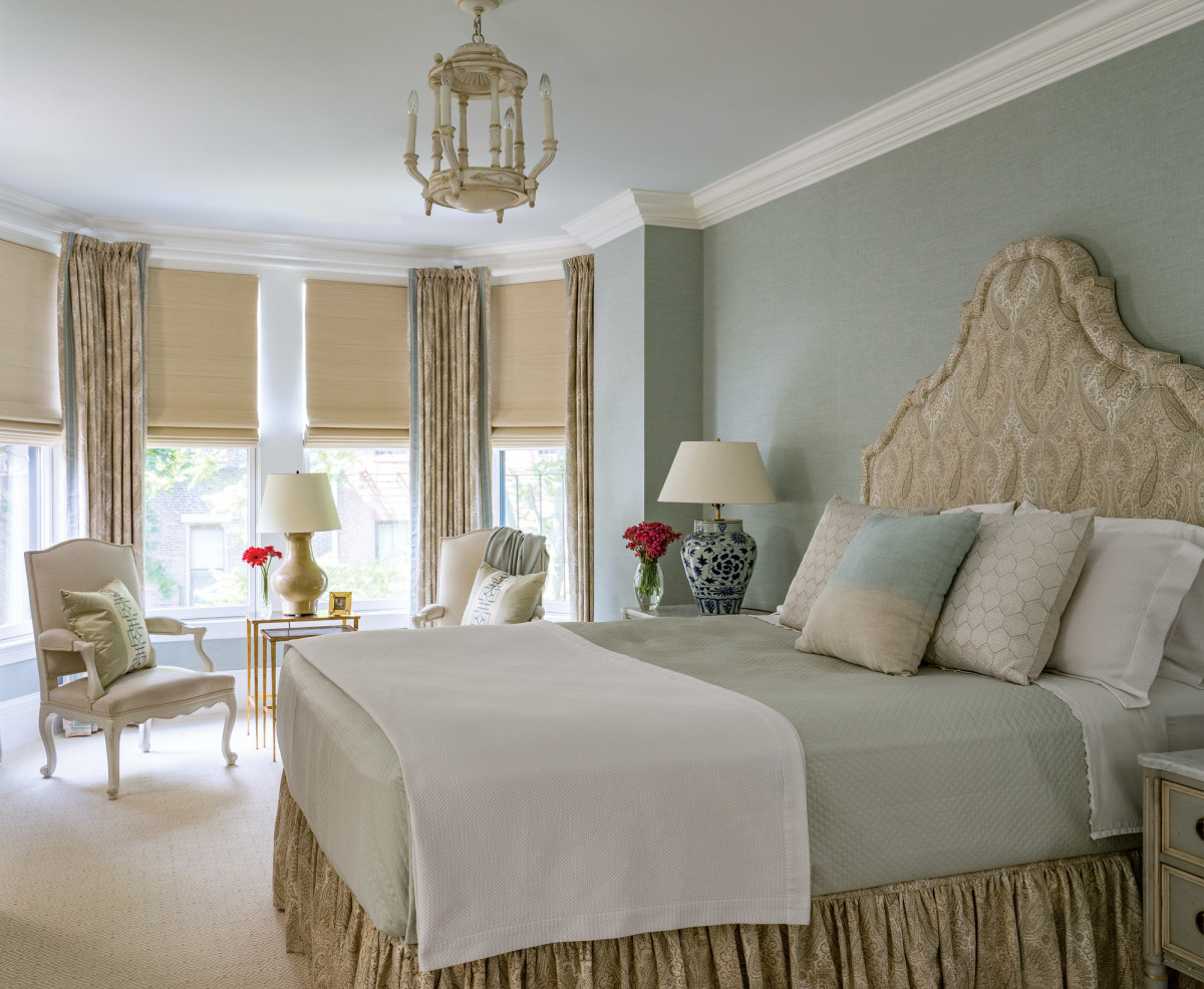 luxury master bedroom interior design by Gerald Pomeroy