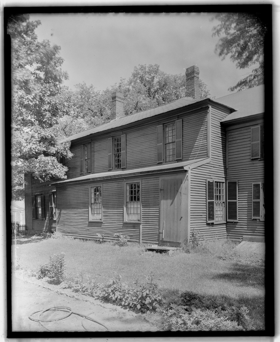 Image of the Gilman Garrison House taken by HABS.