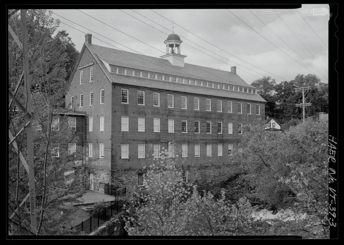 Historic photo of building.