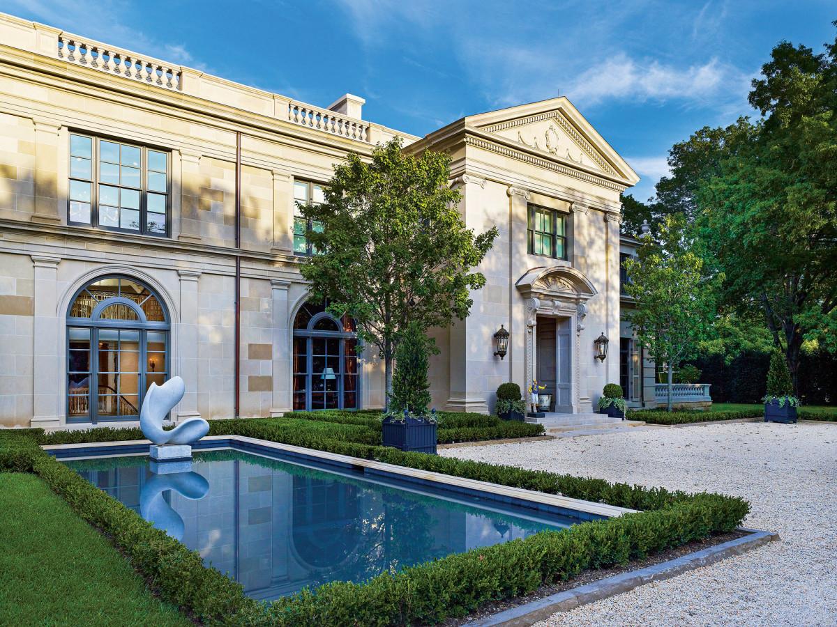 Larry E. Boerder's Regency-style house in Dallas is clad in Texas limestone, a favorite.