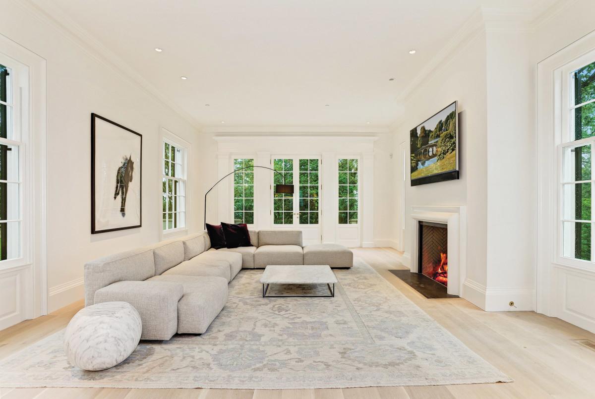 Living room in Regency style, Jones and Boer Architects