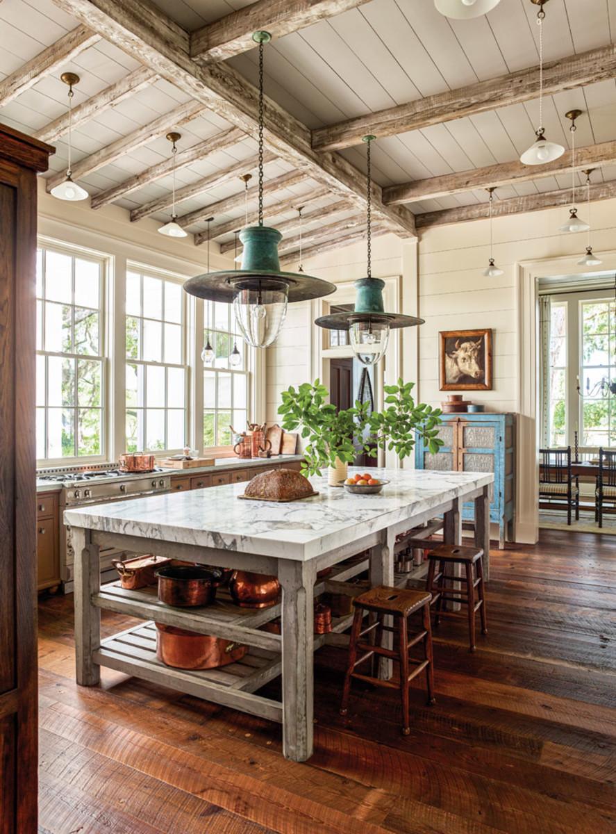 Loblolly pine beam, Greek Revival kitchen