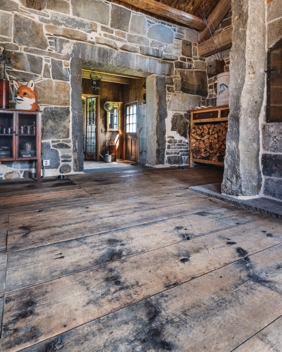 antique white pine flooring